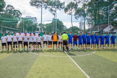 Đội bóng Hòa Bình á quân giải bóng đá Tháng công nhân