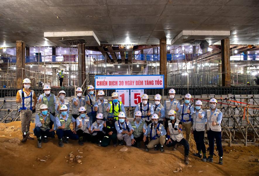 Hòa Bình đổ bê tông khối lớn dự án Samsung R&D