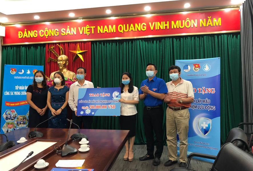 Hòa Bình ủng hộ Chương trình 20.000 suất ăn miễn phí cho tuyến đầu chống dịch TP.HCM
