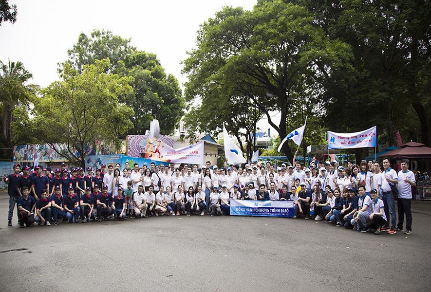 Hòa Bình tham gia đi bộ vì nạn nhân chất độc da cam - 2
