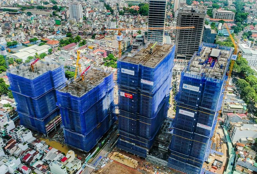 Cất nóc tháp Orchid dự án Hado Centrosa Garden vượt tiến độ 7 ngày - 3