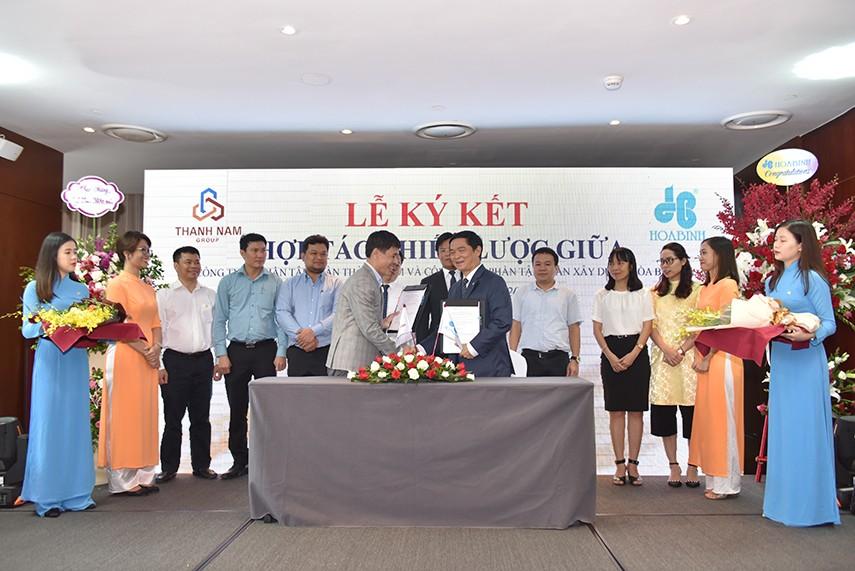 Hòa Bình và Thành Nam ký kết hợp tác chiến lược